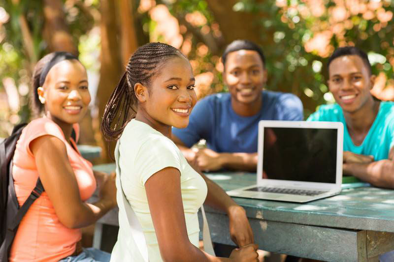 African-American-students-with-a-computer